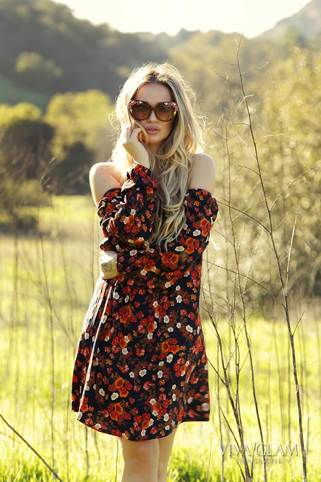 coachella-music-festival-katarina-van-derham-viva-glam-magazine-brigitte-bardot-style-dress